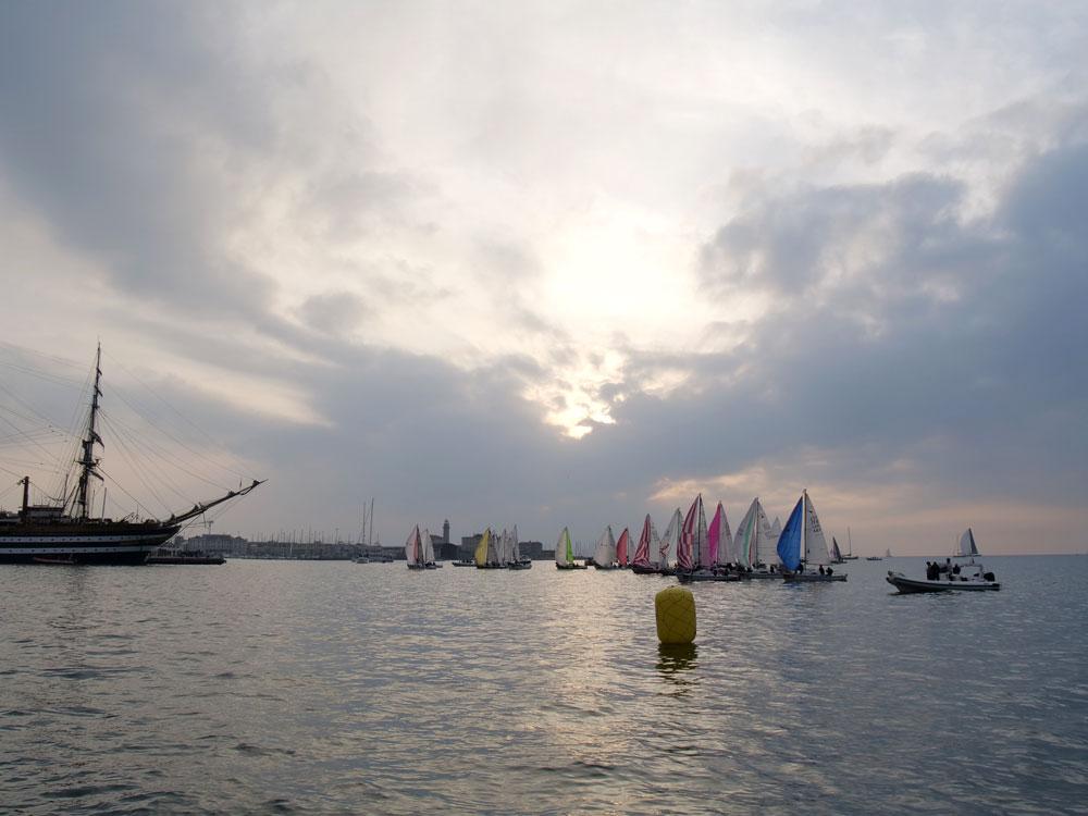 meteorsharing blue-sail